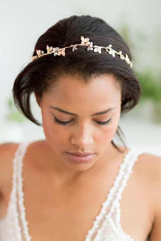 Lucinda Delicate Gold Wedding Hair Vine