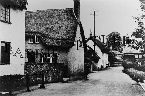 Charlton Marshall, Village c1920