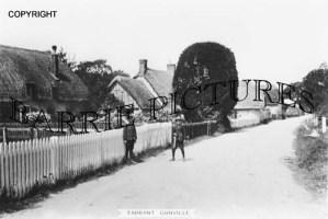 Tarrant Gunville, Village c1915