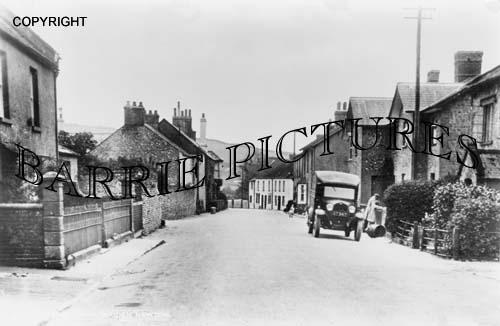 Maiden Newton, Village c1925