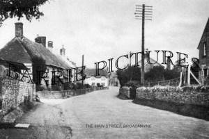 Broadmayne, Main Street c1930