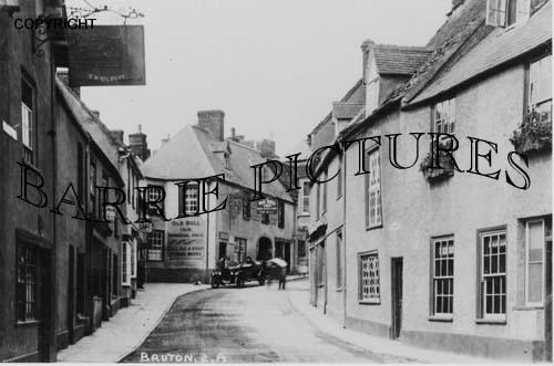 Bruton, The Old Bull Inn c1920