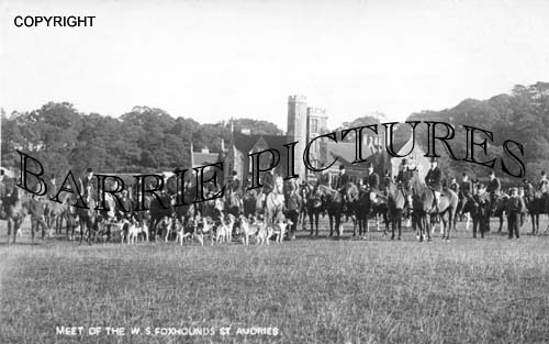 St Audries, Meet of the West Somerset Foxhounds c1920