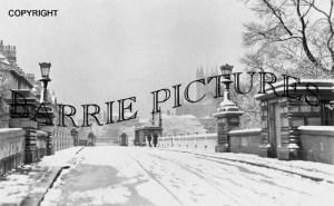 Bath, North Bridge Parade c1940
