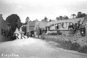 Kingston, Village c1930