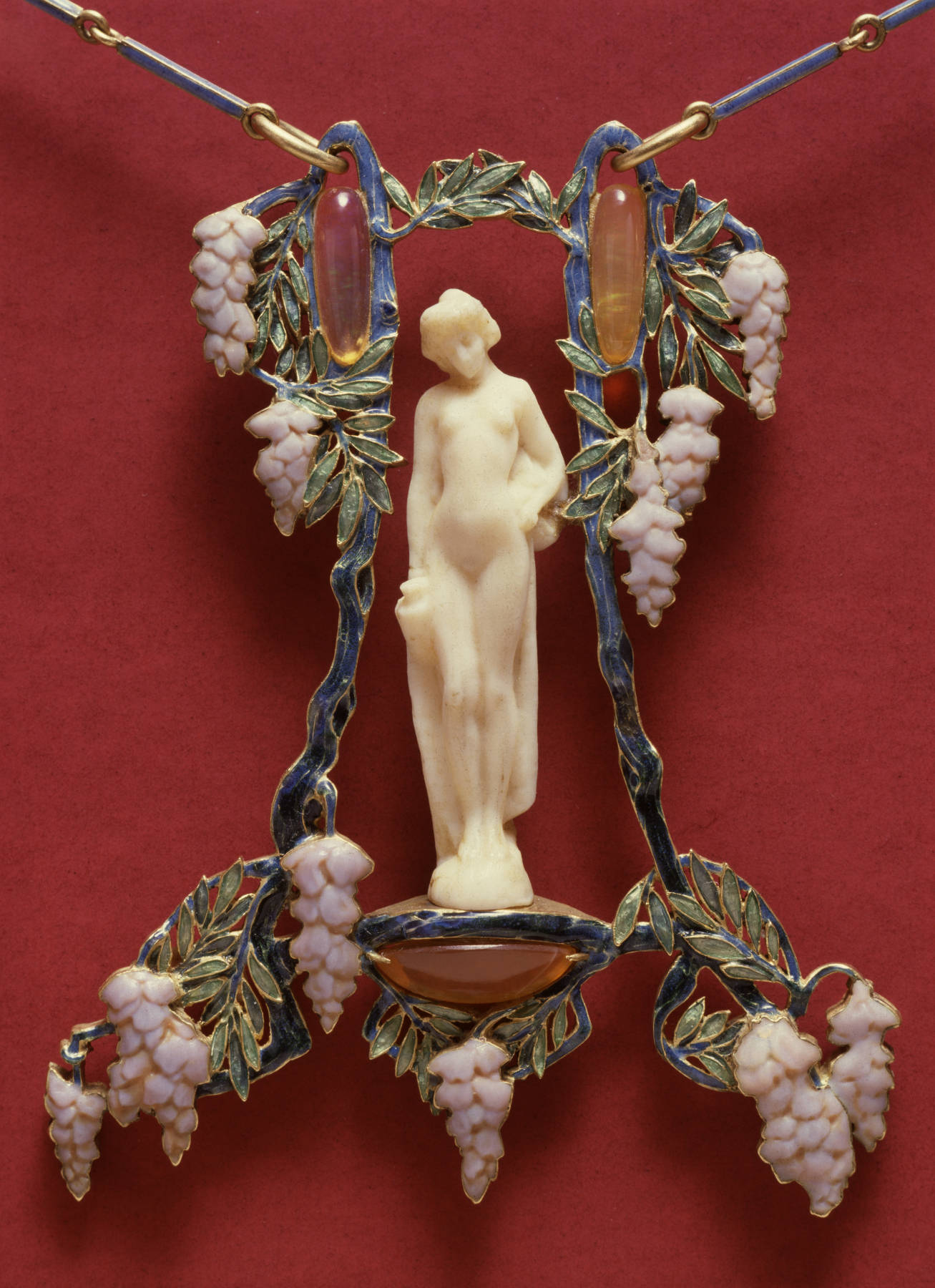 Brooch of Leaves and Berries