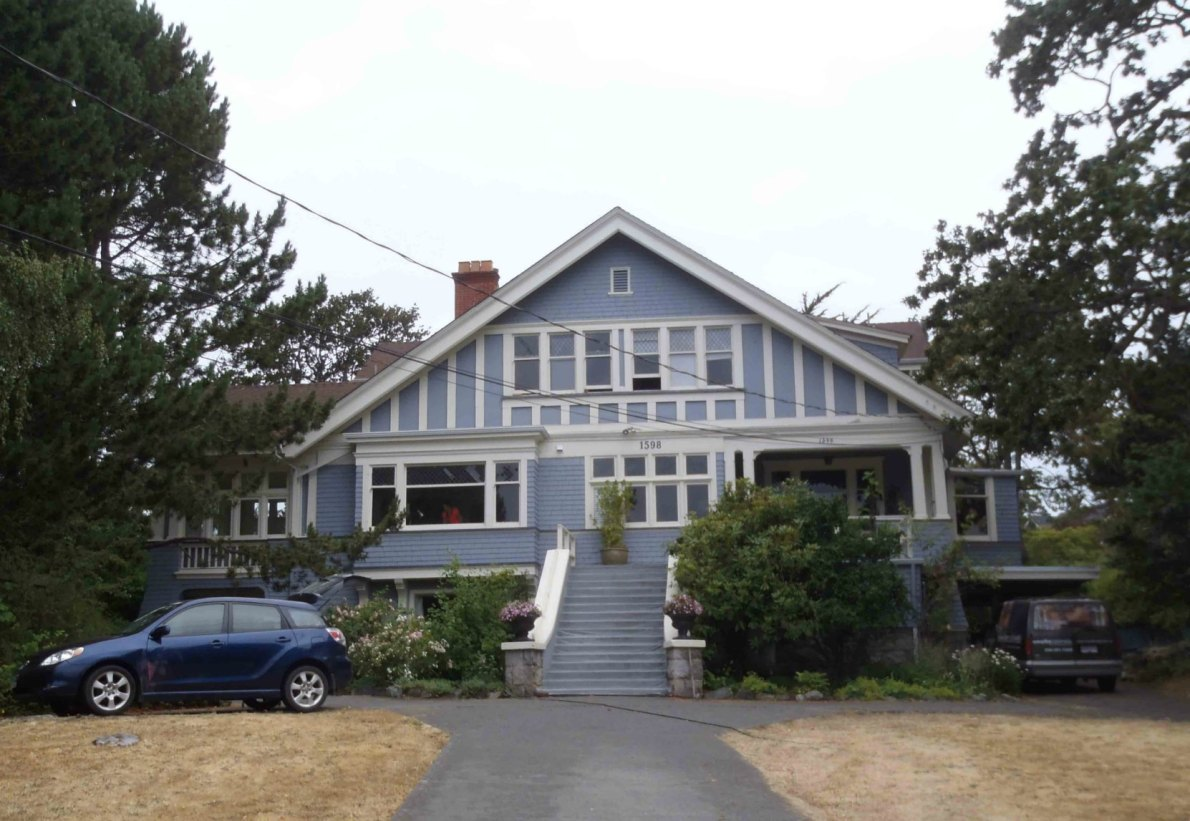 1598 Rockland Avenue, designed in 19 by architect Samuel Maclure for Alexis Martin