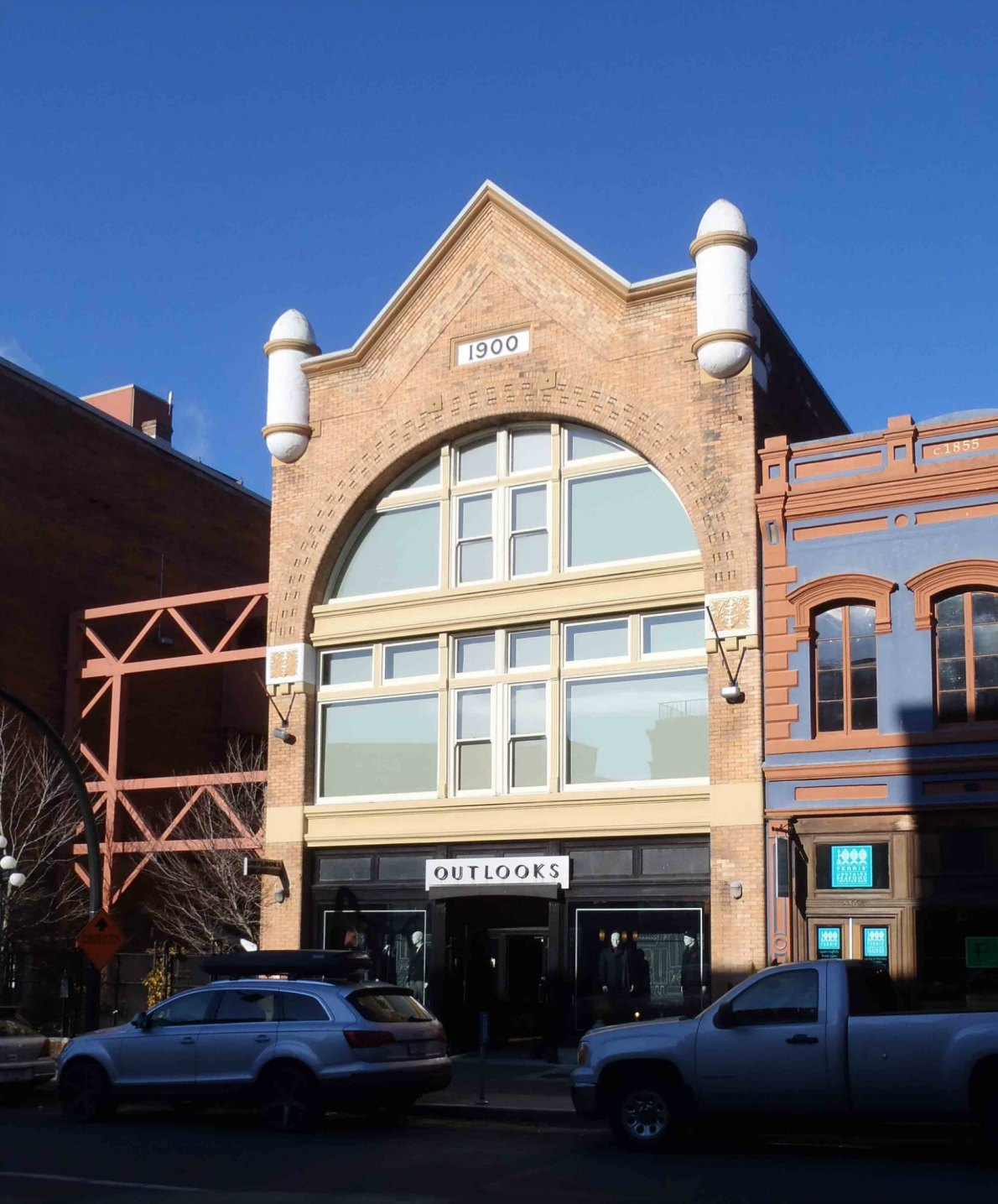 Earle Building, 530-534 Yates Street. Designed in 1900 for Thomas Earle by architect Thomas Hooper.