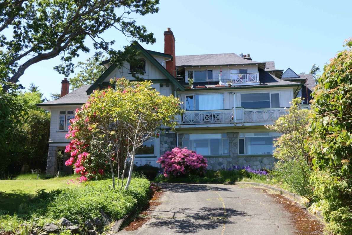 1558 Beach Drive, built in 1912 by architect Percy Leonard James and Douglas James for John W. Morris.