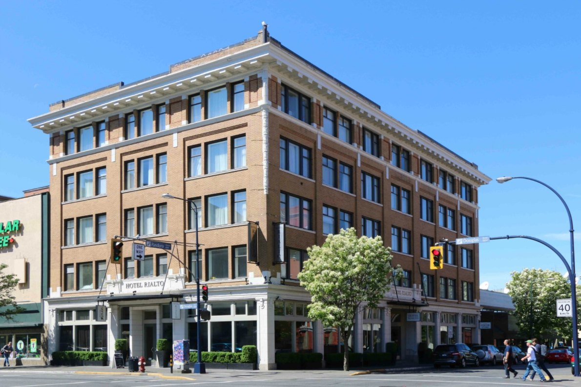 Hotel Rialto, 1450 Douglas Street (photo by Victoria Online Sightseeing Tours)