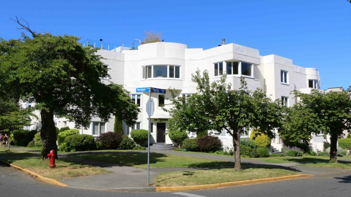 900 Park Boulevard, Tweedsmuir Mansions, built in 1936, is one of Victoria's best examples of Art Deco architecture