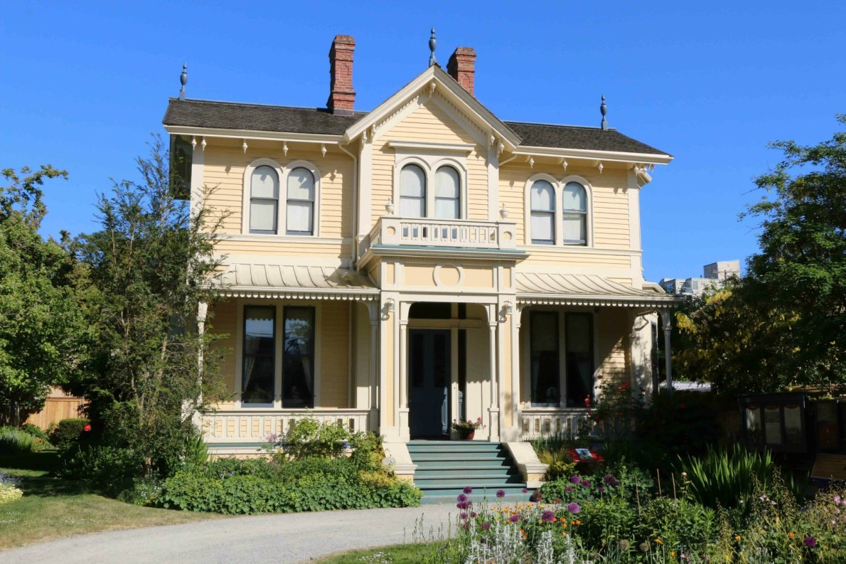 207 Government Street was built in 1863 and was once the childhood home of artist Emily Carr. It is now the Emily Carr National Historic Site of Canada. (photo by Victoria Online Sightseeing)