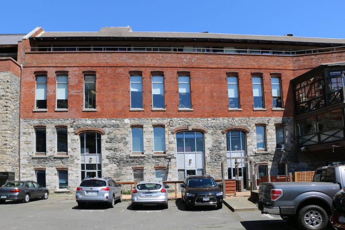 The west, or rear, harbour facing elevation of 1202-1214 Wharf Street