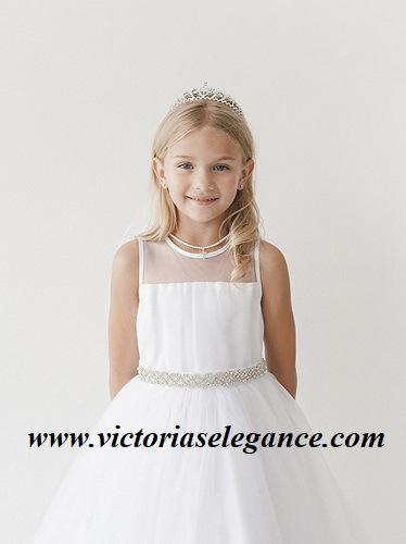 www.victoriaselegance.com