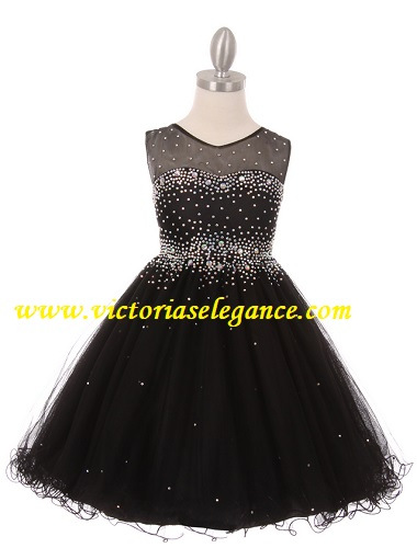 Style 5029 shown in black @ www.victoriaselegance.com