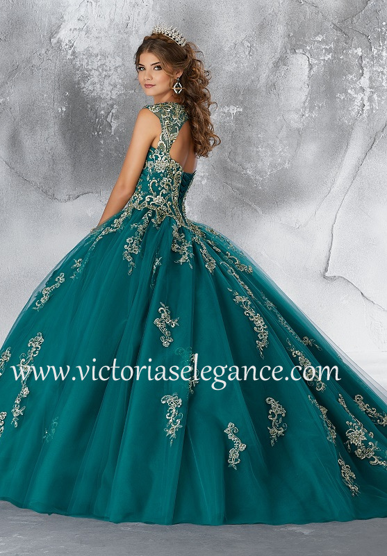 Style 89196 available @ www.victoriaselegance.com