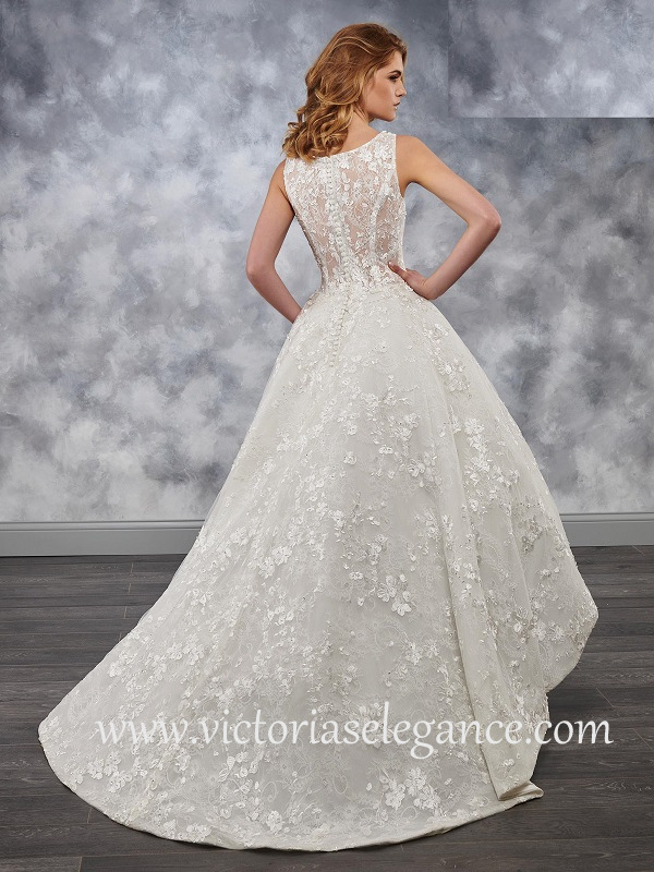 Style MB3028 available @ www.victoriaselegance.com
