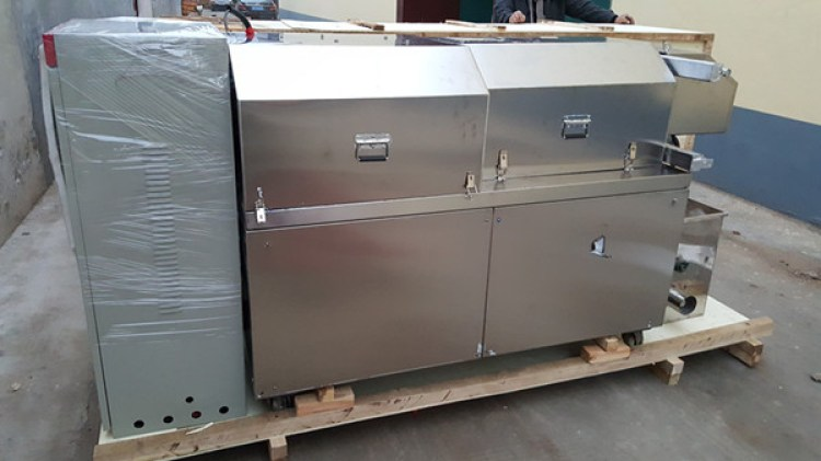 120-150 KG/H stainless steel dog food machine