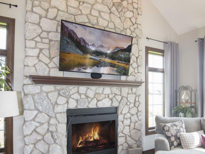 Castle Rock.fireplace