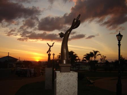 Praça dos Ipês - Rio Quente - GO
