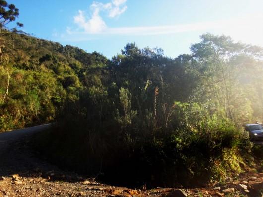 Estrada da Serra do Corvo Branco