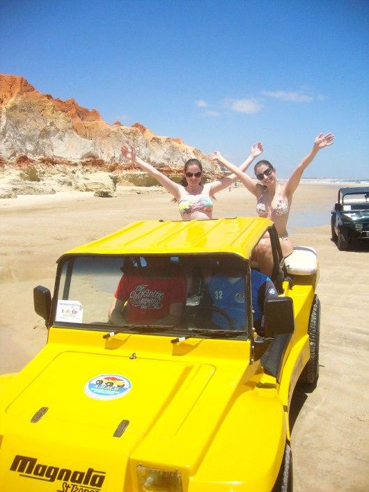 Passeio de buggy em Morro Branco