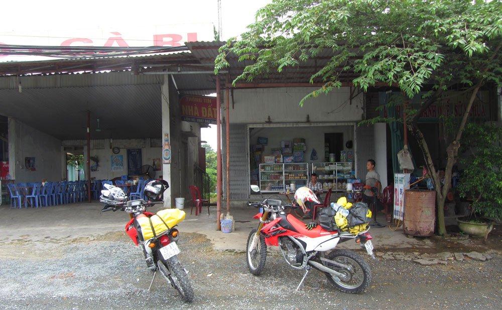 Viajar en moto: Dos Honda CRF 250 en Vietnam con Cuongs´ Adventures