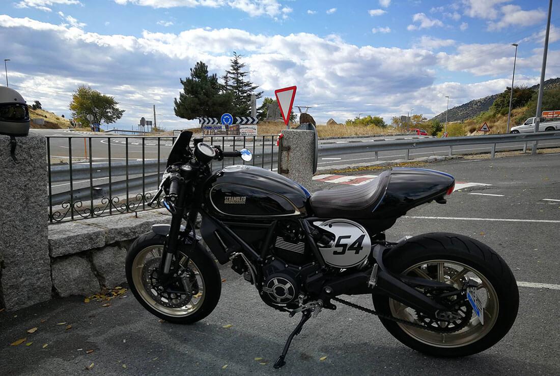 ducati-scrambler-cafe-racer-custom