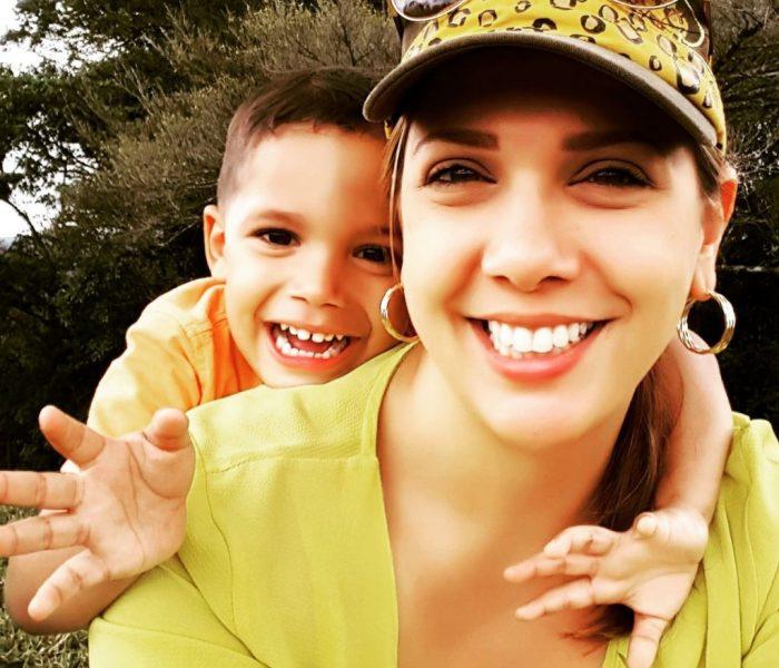 Rebel – Ando a Mamá: Giselle Navas