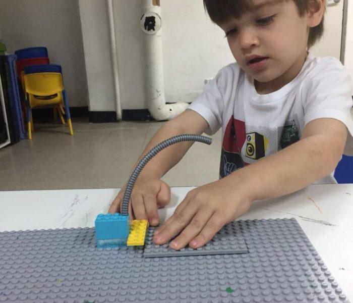 5 razones por las que tu hijo o hija debe aprender robótica