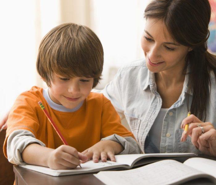 6 maneras de ayudar a tu hijo a lograr el éxito en la escuela