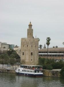 Торре-дель-Оро (Золотая башня)