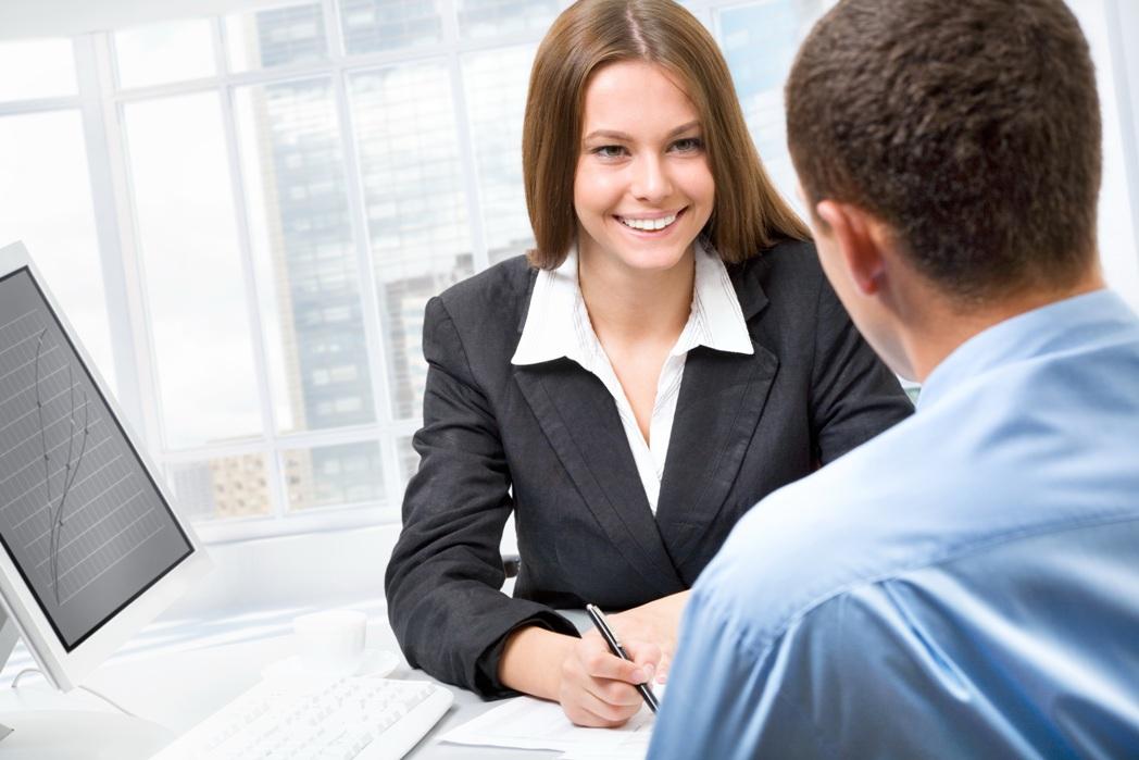 Диалог на испанском между работником банка и клиентом