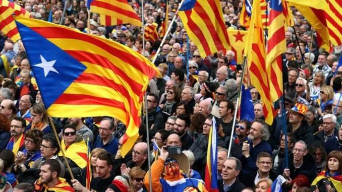 Барселона - митинг