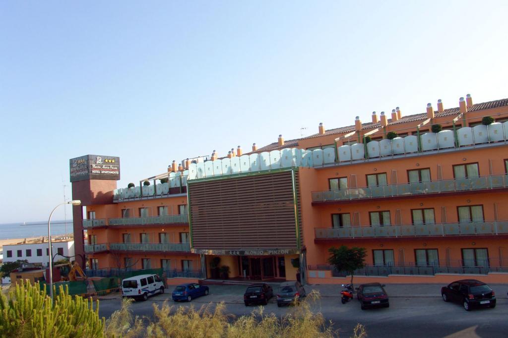 Отель Martín Alonso Pinzón - Mazagon