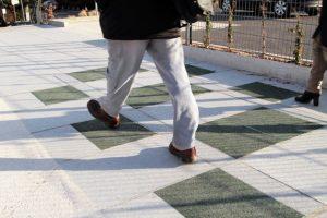 Calçada que gera energia e ar limpo vira realidade em Londres