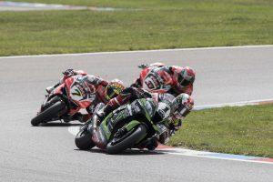 Mesmo sem vitórias na Alemanha, KRT assegura pódio em Lausitzring e mantém liderança do Mundial de Superbike