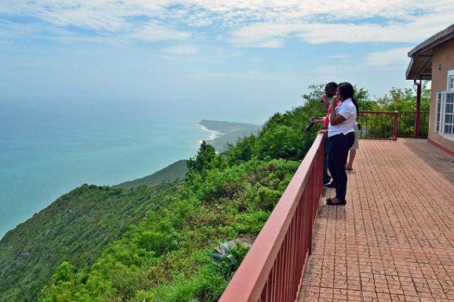 Cinco lugares românticos na Jamaica convidam casais a se reconectarem no Home of All Right