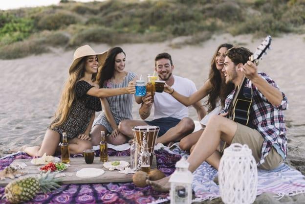 Confira dicas para casais que optam por celebrar a despedida de solteiro juntos