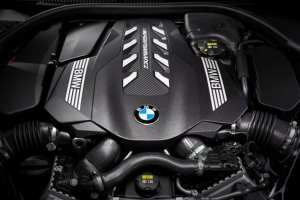 BMW S8 Cupe 01