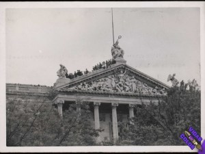 biblioteca_nacional_de_espana_madrid_19_de_mayo_de_1939_byn
