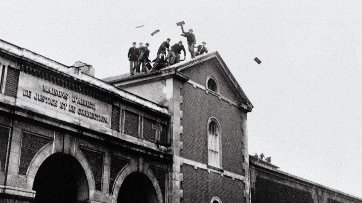Sur les toits – Nicolas Drolc