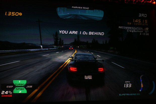 https://i2.wp.com/www.videogamesblogger.com/wp-content/uploads/2010/08/need-for-speed-hot-pursuit-limited-edition-announced-gamescom-2010-screenshot.jpg