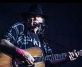 Neil Young: 75 anni e tanta politica nella sua musica