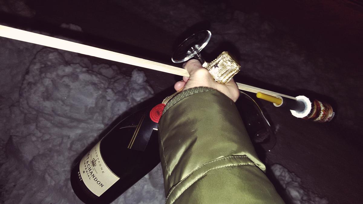 Videonauts Silvester 2015 Champagner im Schnee