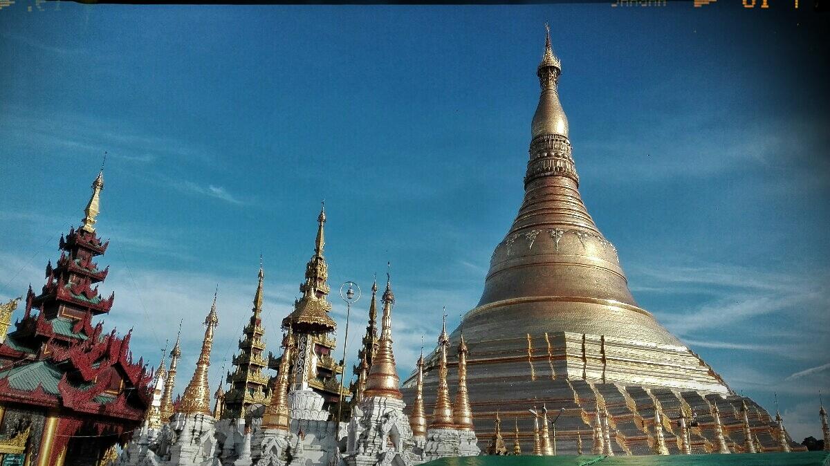 Videonauts backpacking Burma Rangun Shwe Dagon Pagode