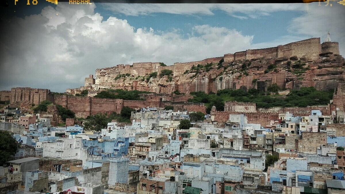 Videonauts backpacking Indien Rajasthan Mehrangarh Fort blue city