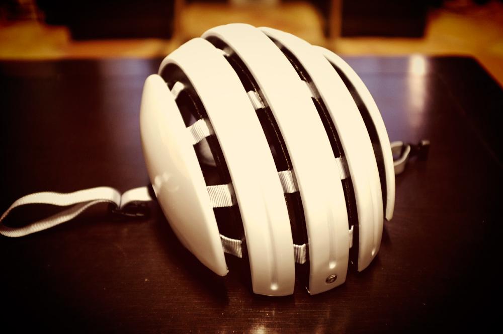 Videonauts Carrera foldable helmet