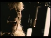 Def Leppard – Love Bites lyrics When you make love, do you look in the mirror? Who do you think of, does he look like me? Do you tell lies? […]