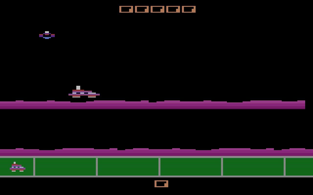 Gas Hog von Spectravision kam 1984 in den Verkauf. Bei diesem Spiel handelt es sich um einen Klon des Spielhallenhits Moon Patrol. Im Unterschied zum Vorbild kann der Spieler hier in eine Höhle fallen, in der er dann eine Zeit lang in die entgegengesetzte Richtung fahren muss. (Bild: SpectraVision)